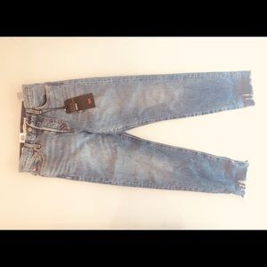 NWT Levi's Wedgie Jeans in size 26